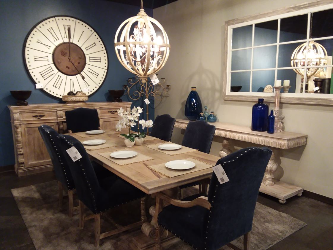 Home Accents Dining.JPG